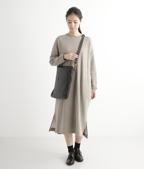 ANNE FLAT SHOULDER/CL-3086(B・ブラック)